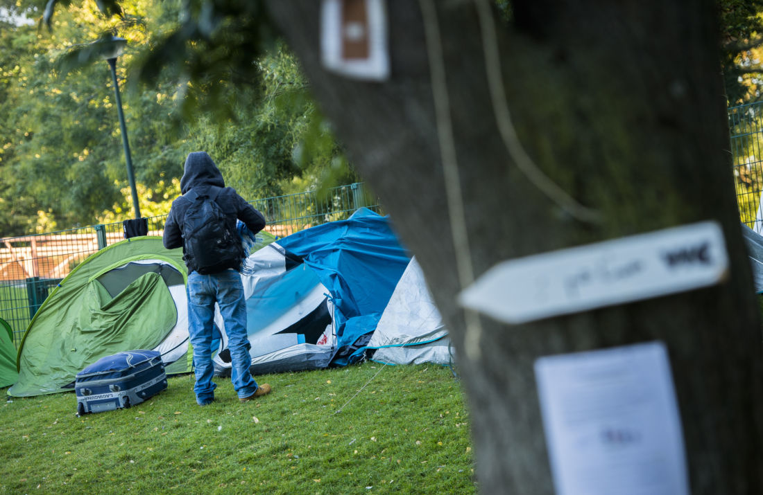 Une trentaine de migrants interpellés au parc Maximilien