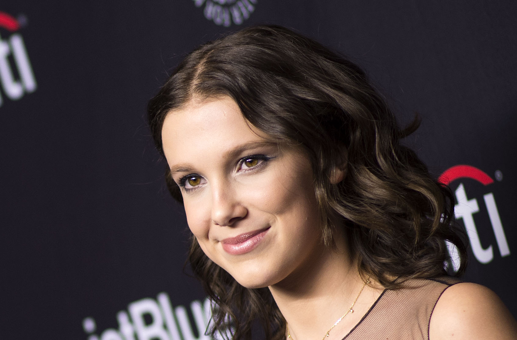 Millie Bobby Brown | La Boutique Stranger Things