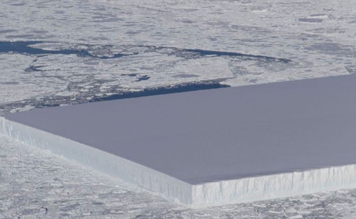 nasa iceberg rectangulaire