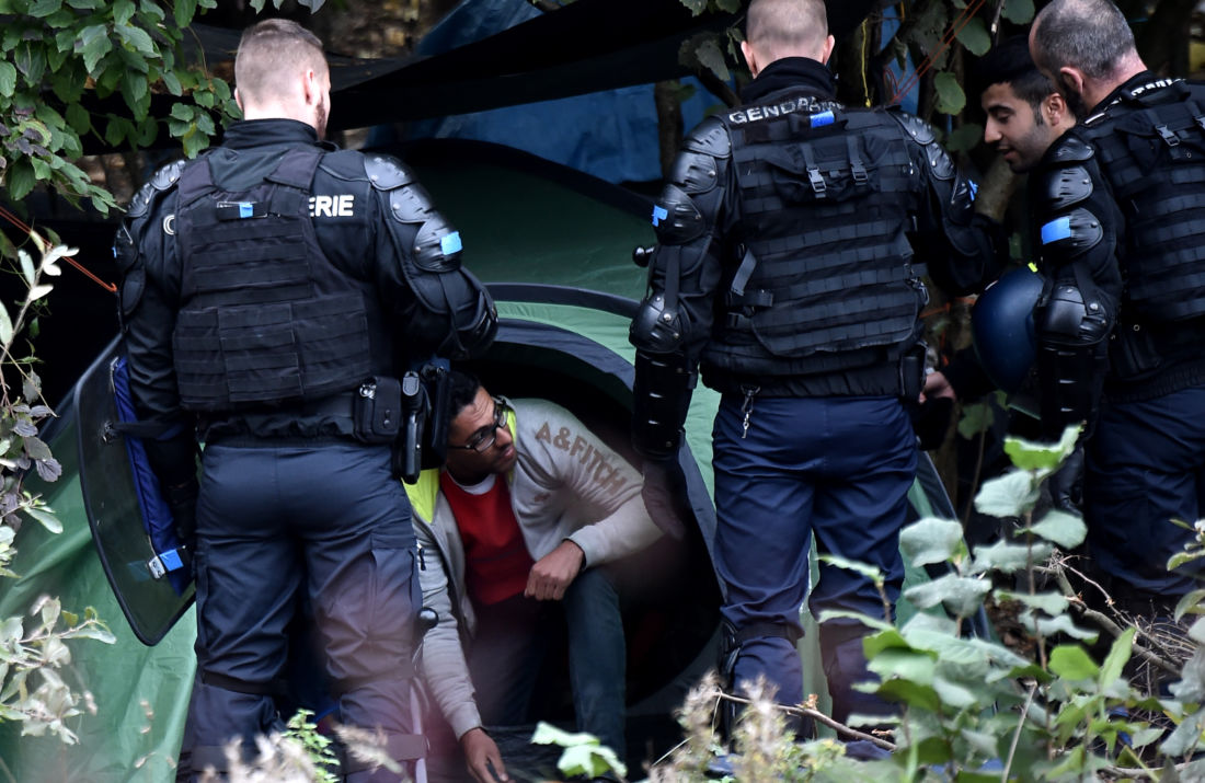 France Grand-Synthe migrants police