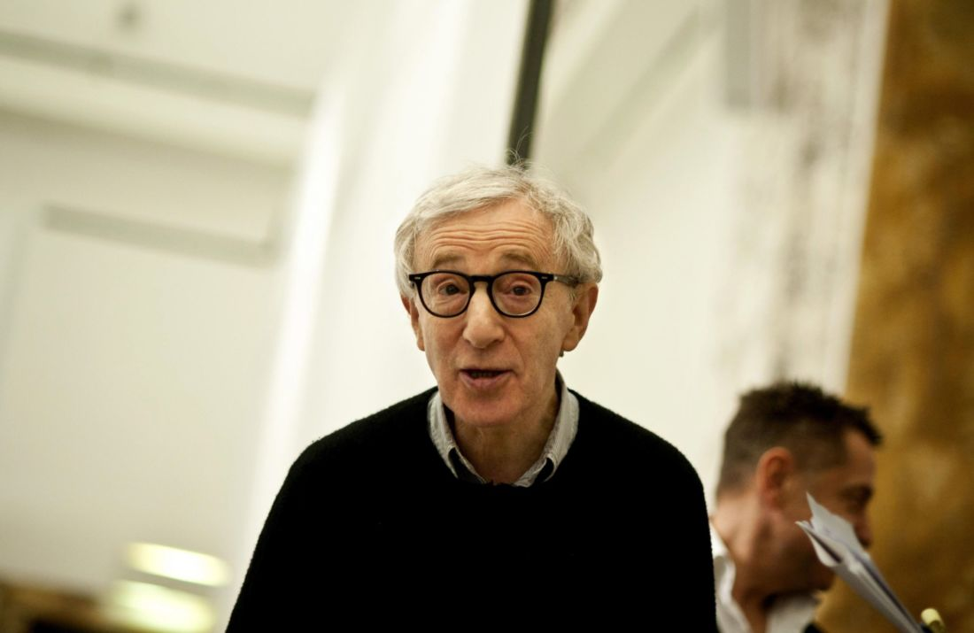 Woody Allen poursuit Amazon pour rupture abusive de contrat — Accusations d'abus sexuels