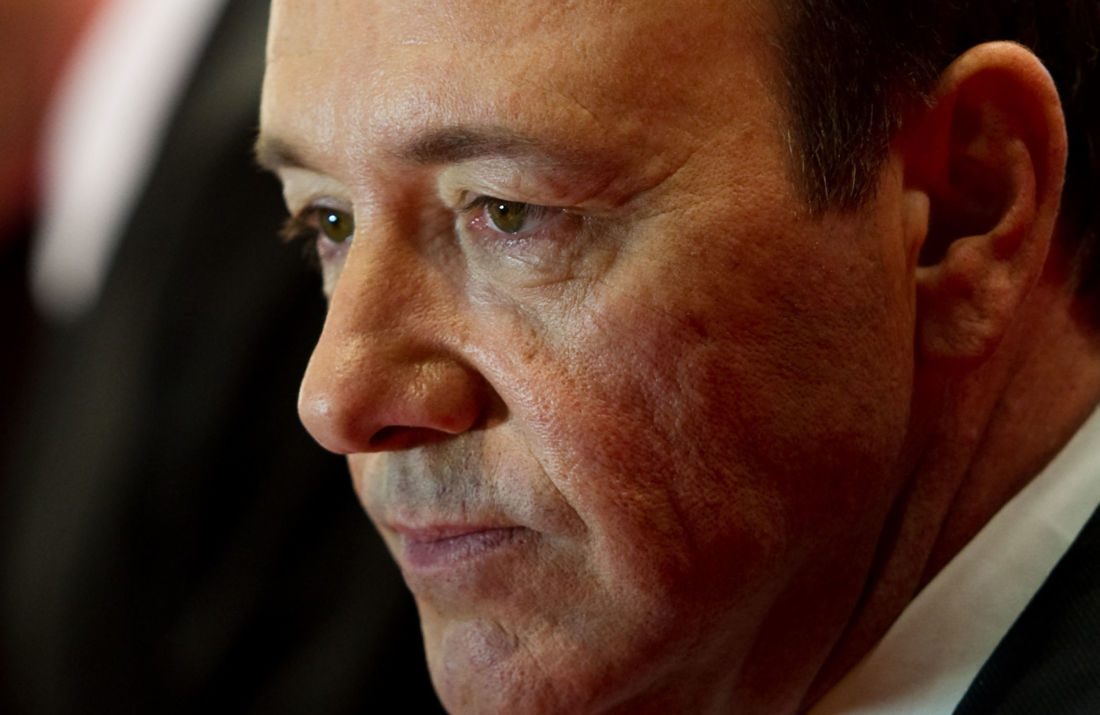 Kevin Spacey adresse un message de Noël inquiétant