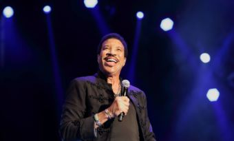 Lionel Richie et sa chanson we are the world pour le coronavirus
