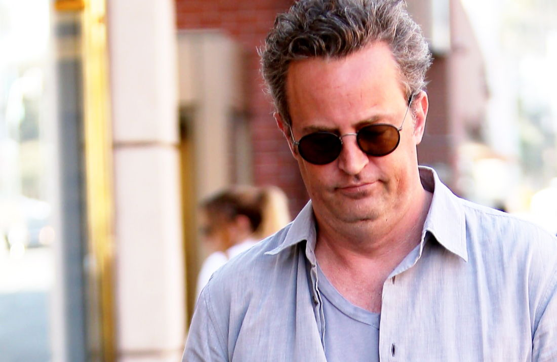 matthew perry look physique friends