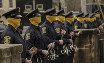 watchmen hbo streaming gratuit black lives matter