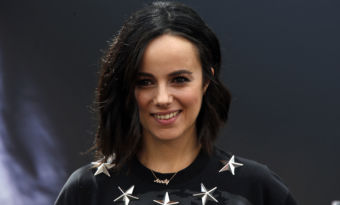 alizée annily people instagram