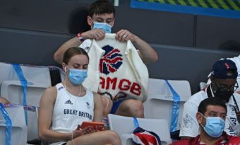 tom daley jeux olympiques tricot